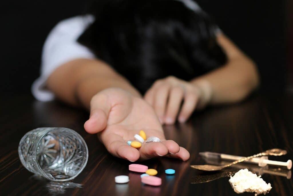 علاج أعراض الانسحاب
