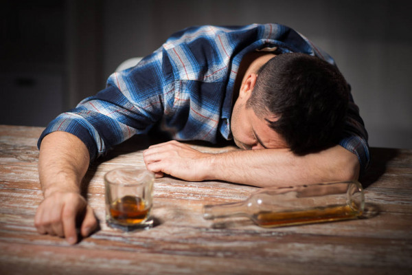 علاج إدمان الكحول فى مصر بدون ألم