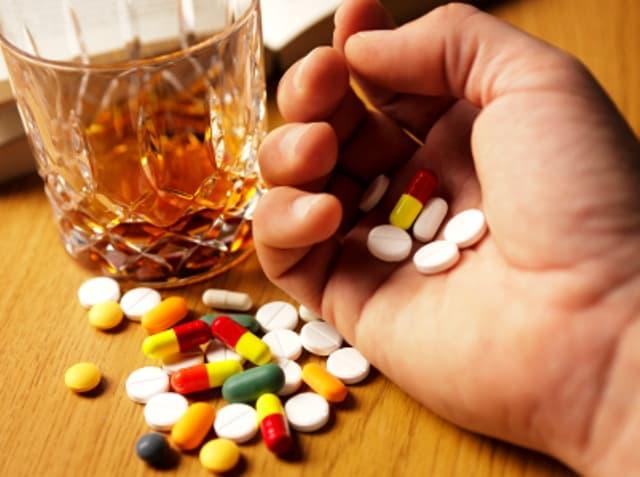 علاج ادمان المخدرات وعلاج اعراض الإنسحاب